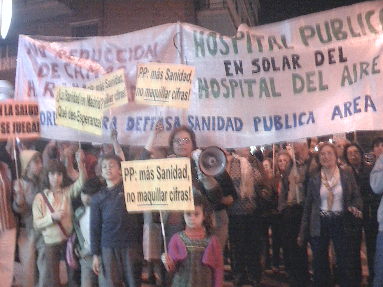 &#8220;En ese solar queremos un Hospital&#8221;. No a la reduccin de camas en el Hospital Ramn y Cajal (1).